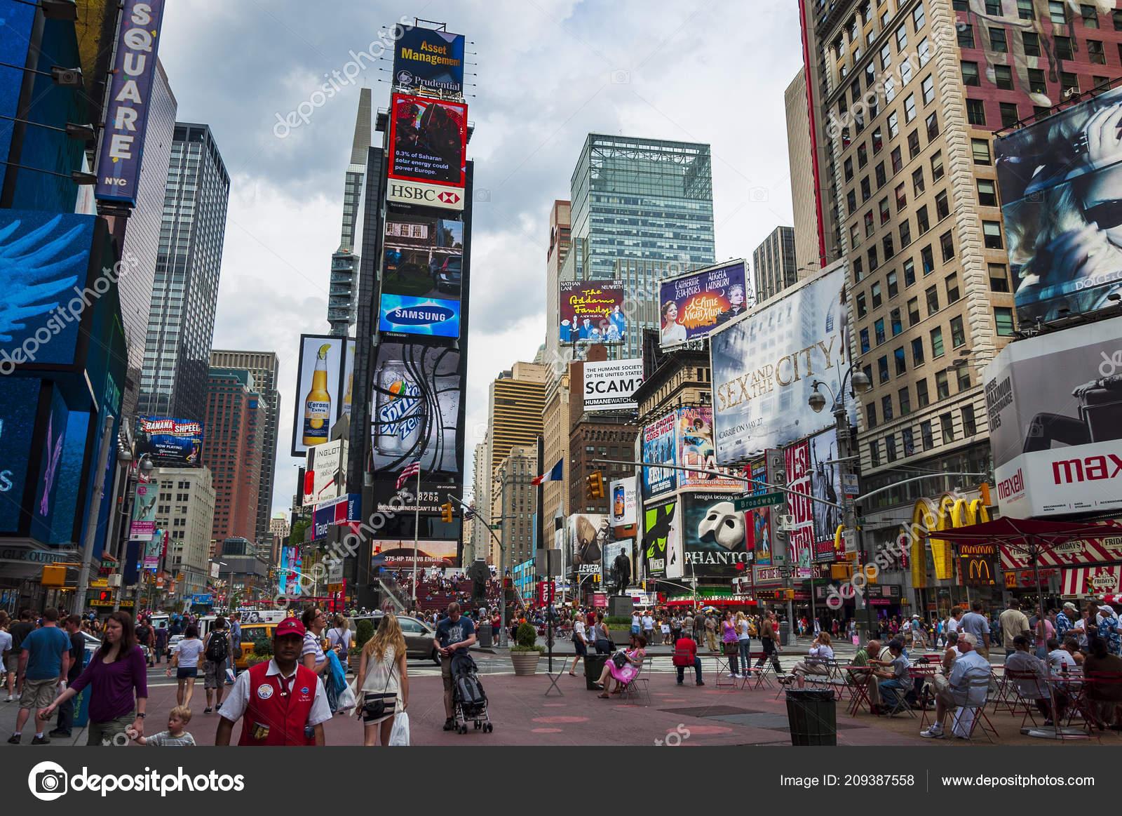 Ciudad Nueva York Estados Unidos Junio 2010 Personas Times Square ... 5b1987e575d