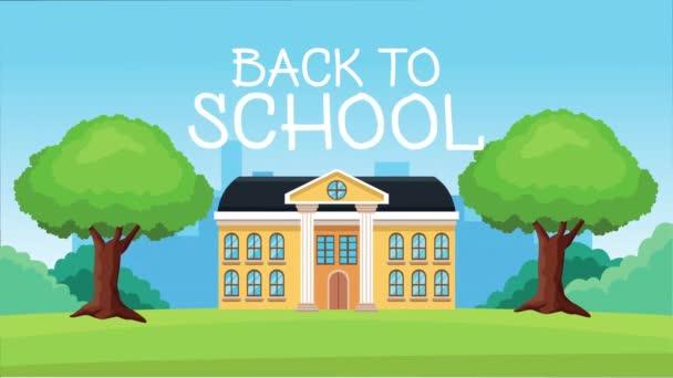 Zurück zur Schulzeit mit Schulgebäude