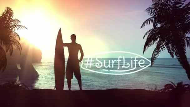 Silueta surfaře na tropické pláži.