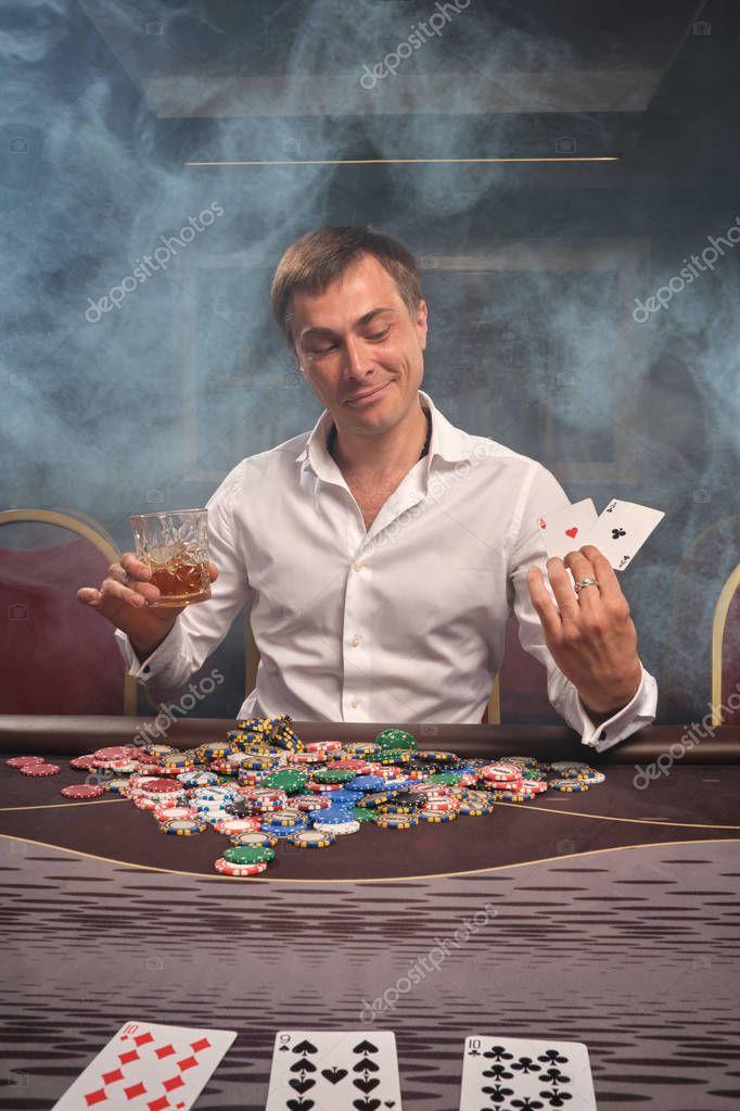 официальный сайт реванш за столом в казино