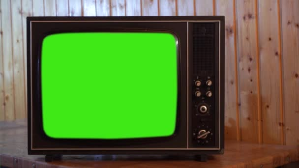 80s televize se zeleným plátnem. Zelená obrazovka můžete nahradit záběry nebo obrázek, který chcete