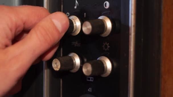 Zár megjelöl-ból kapcsol-ra egy régi Tv csatorna