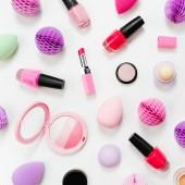 Sada krásy příslušenství a make-up kosmetických výrobků. Rozložení bytu