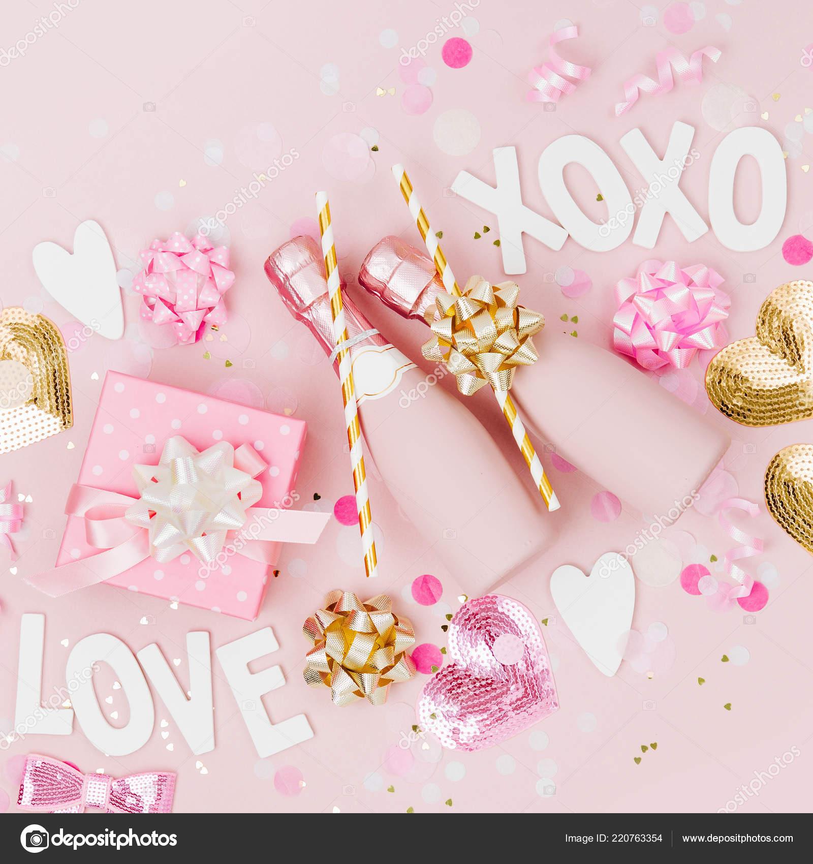 Mini Botellas Champagne Con Decoraciones Xoxo Amor Letras Foto De