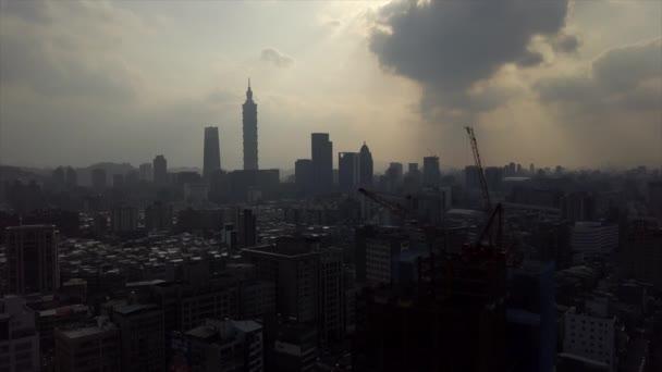 Nap idő Taipei városkép panoráma. 4 k felvételeket Kína