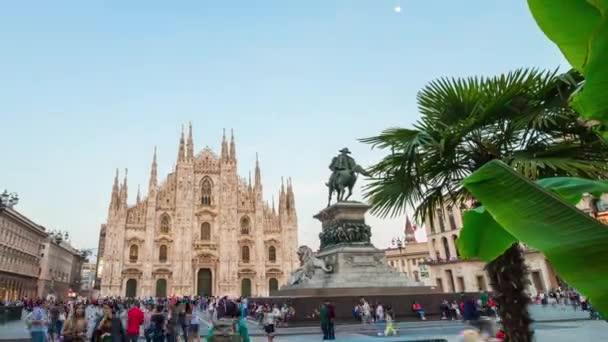 slavné katedrály a náměstí