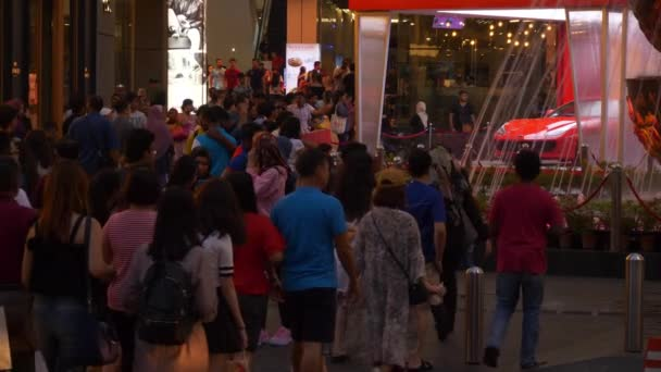 KUALA LUMPUR, MALAYSIA - SEPTEMBER 25 2018: Day time kuala lumpur street line panorama with walking people 4k malaysia