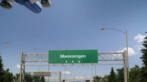 Flugzeug landet in Memmingen