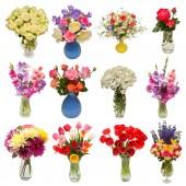 Kolekce, krásné kytice květin ve vázách izolovaných na bílém pozadí. Plochá ležel, horní pohled