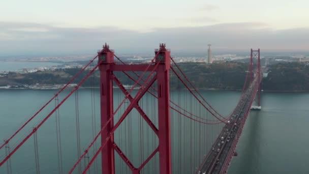 25 április a rio tejo a lisszaboni Protugal, 25 de Abril Bridge híd