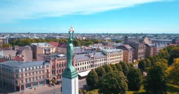 May 20, 2018 - Riga, Latvia: Aerial view of the Lattelecom marathon 2018 with people running by the statue of liberty - Milda.