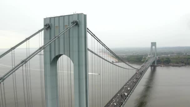 Most Verrazzano-Narrows v Brooklynu a Staten Island