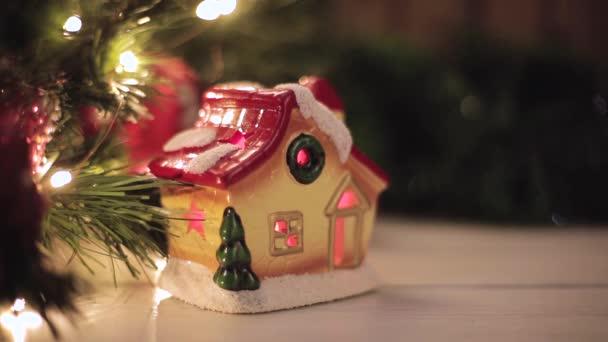 Techo Juguete Rojo Cubierto Destellos Casa Navidad Con Nieve YHWIED92