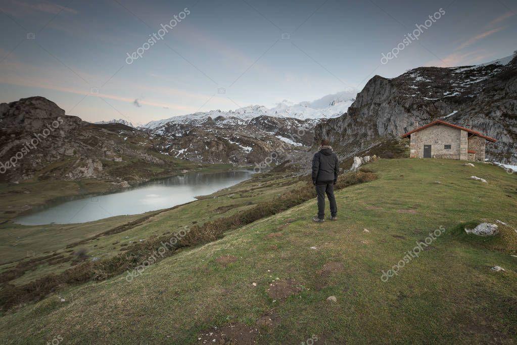 Lagos de Covadonga en el Parque Nacional de los Picos de Europa