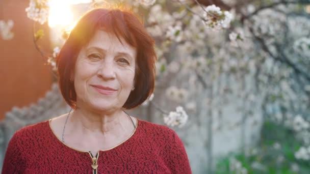 Idős nő portréja