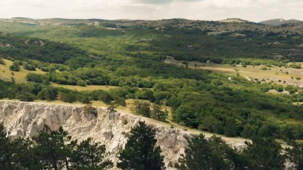 Letecký pohled na hory a Les