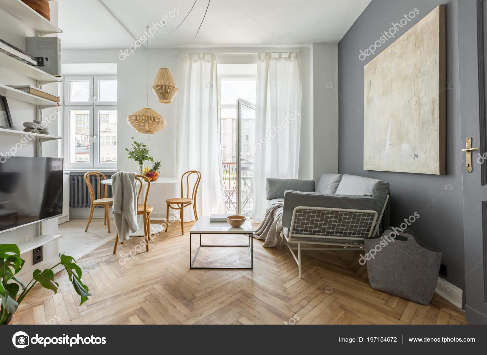 Gemütliches Haus Skandinavischen Stil Mit Wohnzimmer Stockfoto