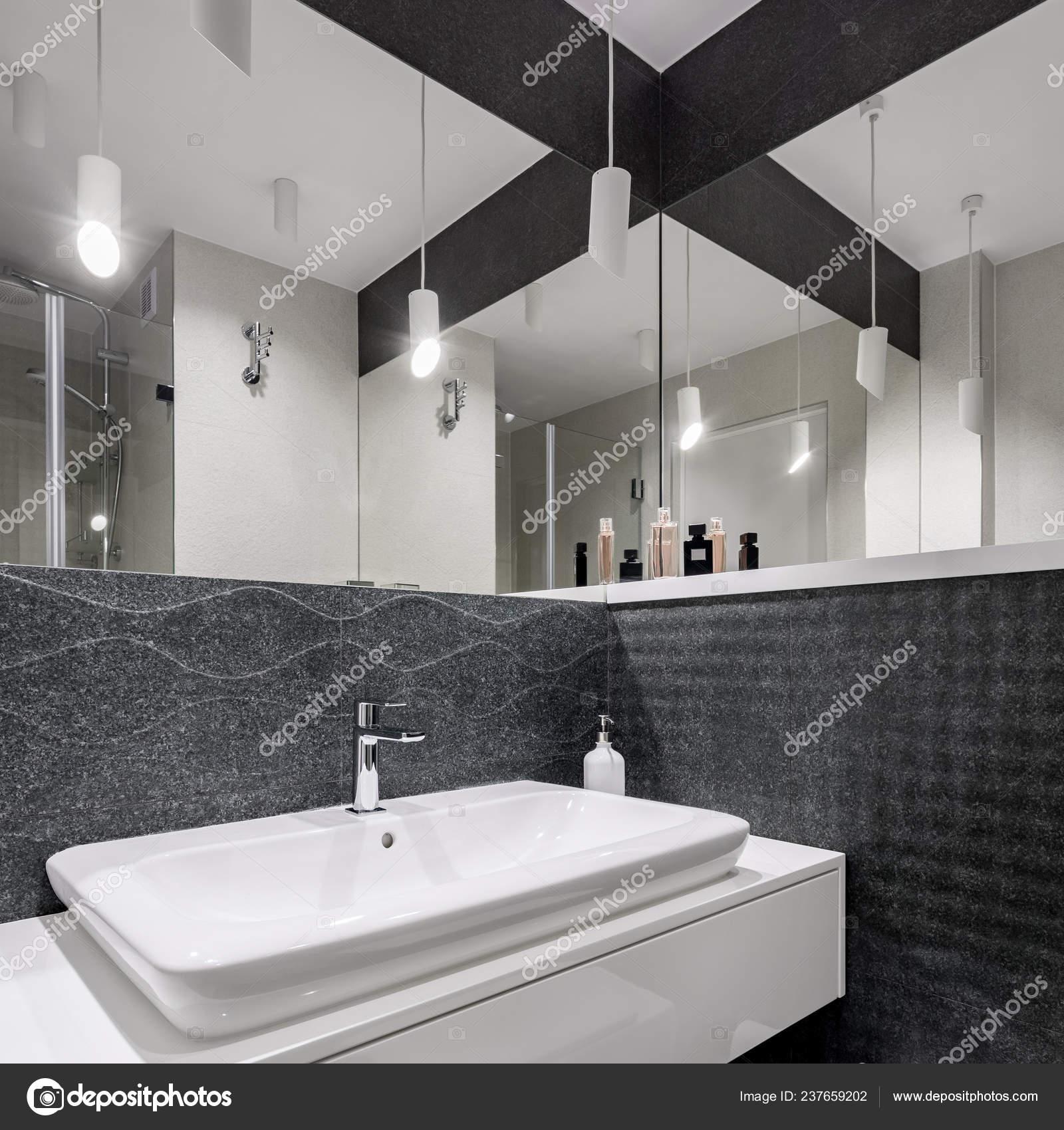 Czarno Białe łazienki Lampy Sufitowe Dekoracyjne Zdjęcie