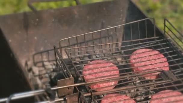 Hovězí řízky na grilu. Detail