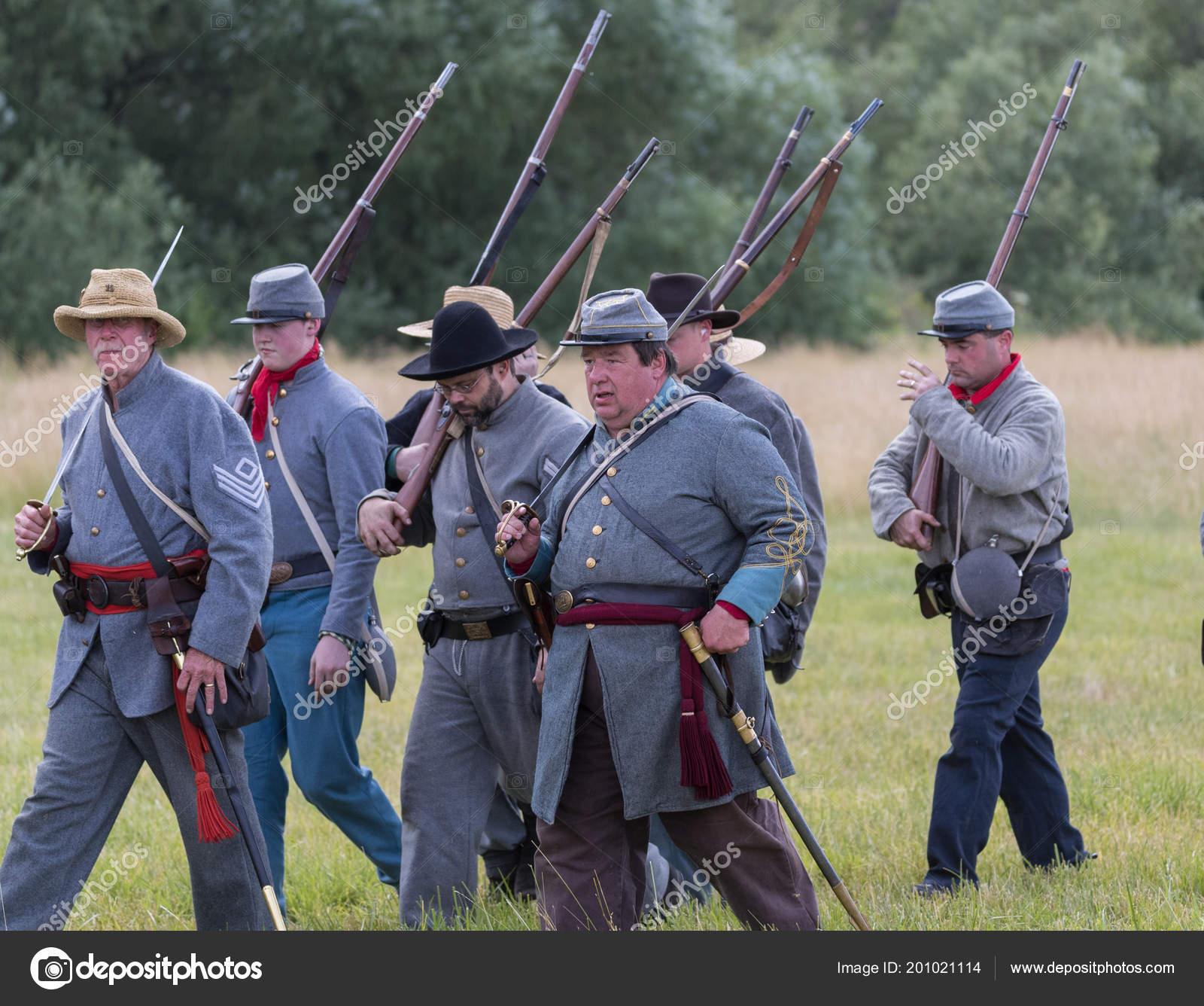 Southern Army Leaders Lead Troops American Civil War