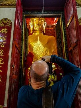 Buddha image in Wat Phanan Choeng Temple, AYUTTHAYA, THAILAND