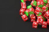 piros zöld kockák kérdések és a felkiáltójelek, 3d-leképezés
