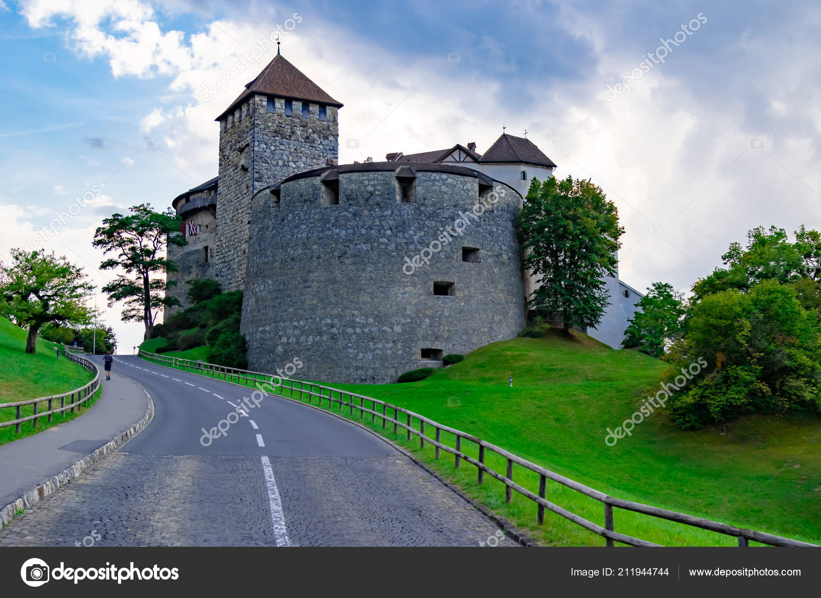 Vaduz Liechtenstein August 18th 2018 Castle The Home Of Ruling Prince Located Above Capital City Photo By