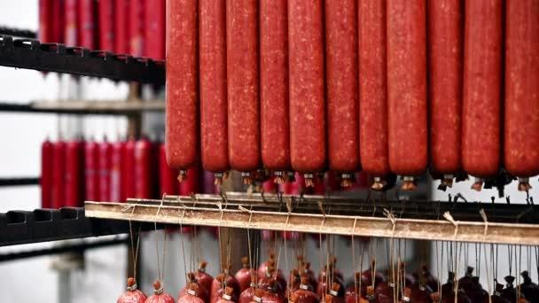 hús feldolgozó kolbász