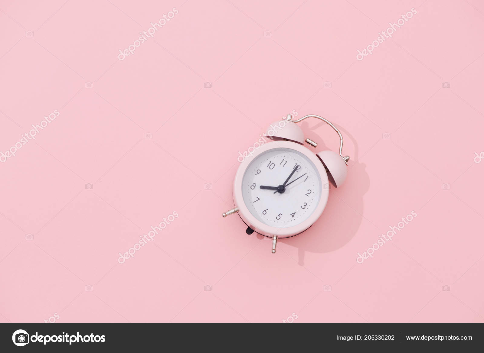 Light Pink Vintage Alarm Clock Pink Background — Stock Photo