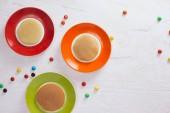 Fényképek Kreatív reggeliző gyermek, fehér alapon, felülnézet