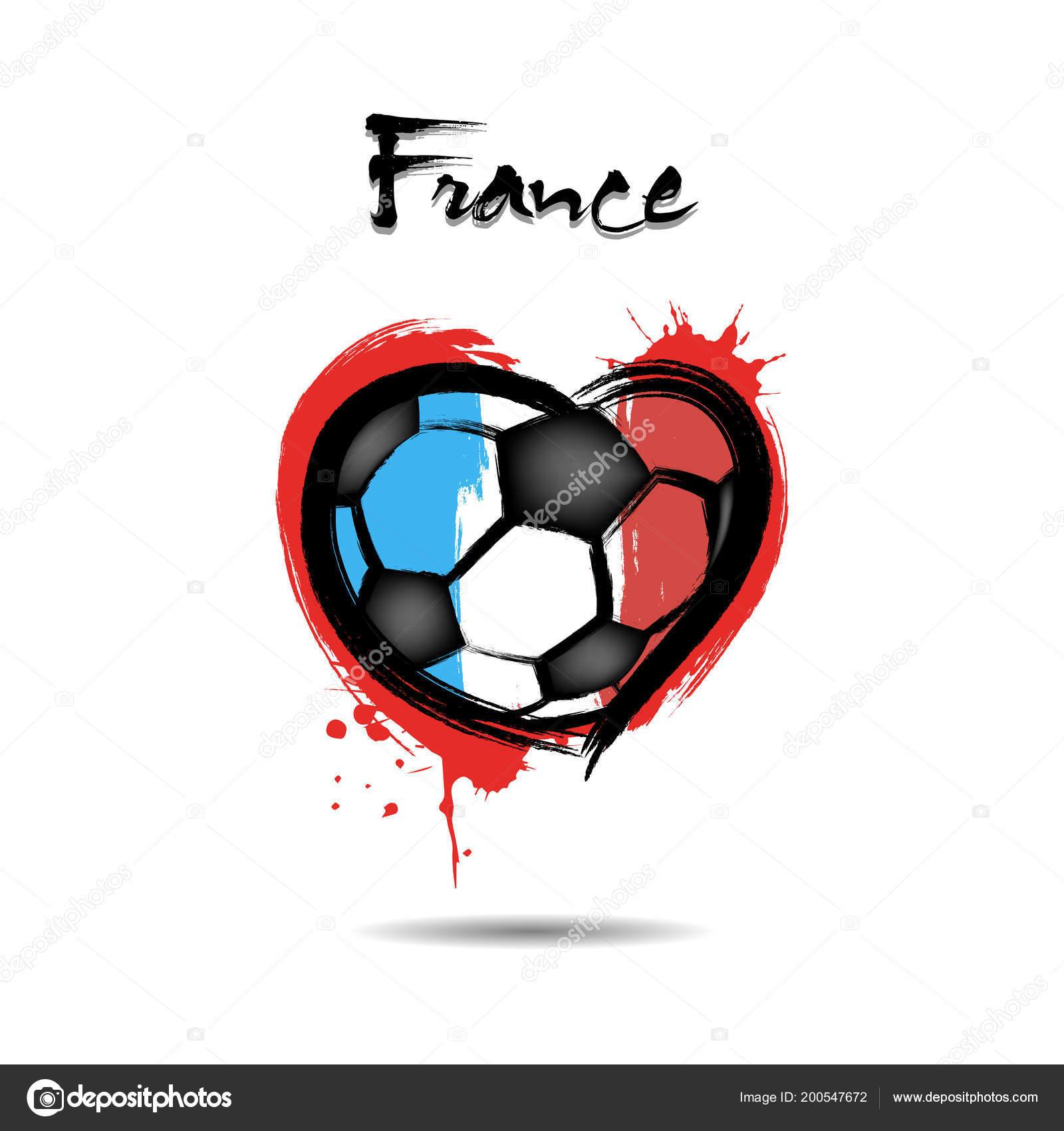 Balón de fútbol abstractos en forma de un corazón pintado con los colores  de la bandera de Francia. Ilustración de vector– Ilustración de Stock a0ff97f77a174