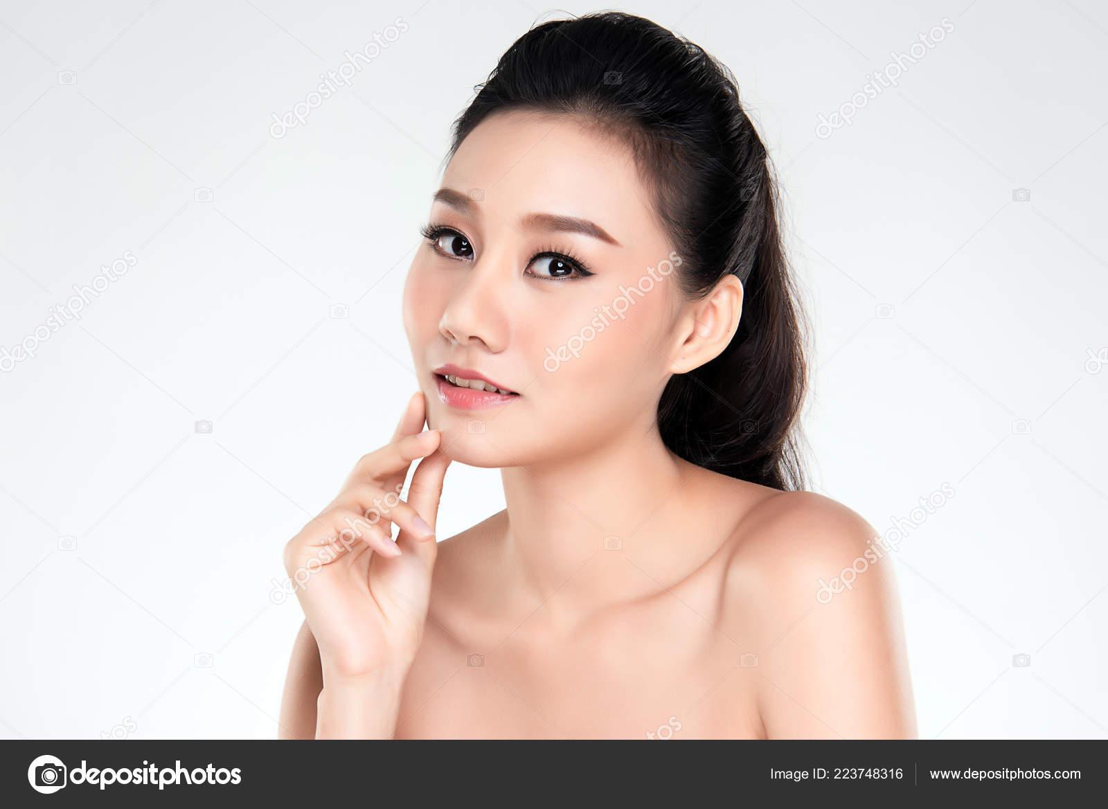 Beautiful Young Asian Woman Clean Fresh Skin Look Girl Beauty — Stock Photo