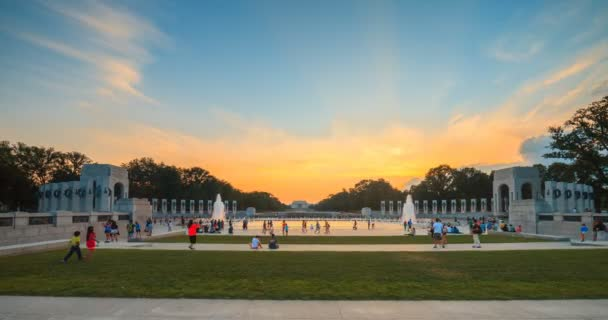 Washington Monument View From WWII Memorial Water Fountain Summer