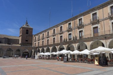 Stroll along the beautiful medieval city of Avila, Spain