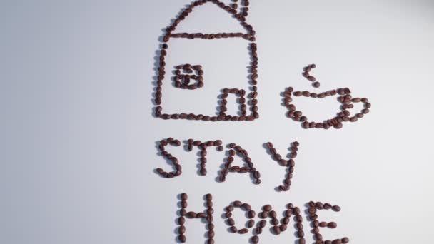 A ház készült kávébab, a felirat a kávé, hogy otthon legyen.Felülnézet.Drink koncepció
