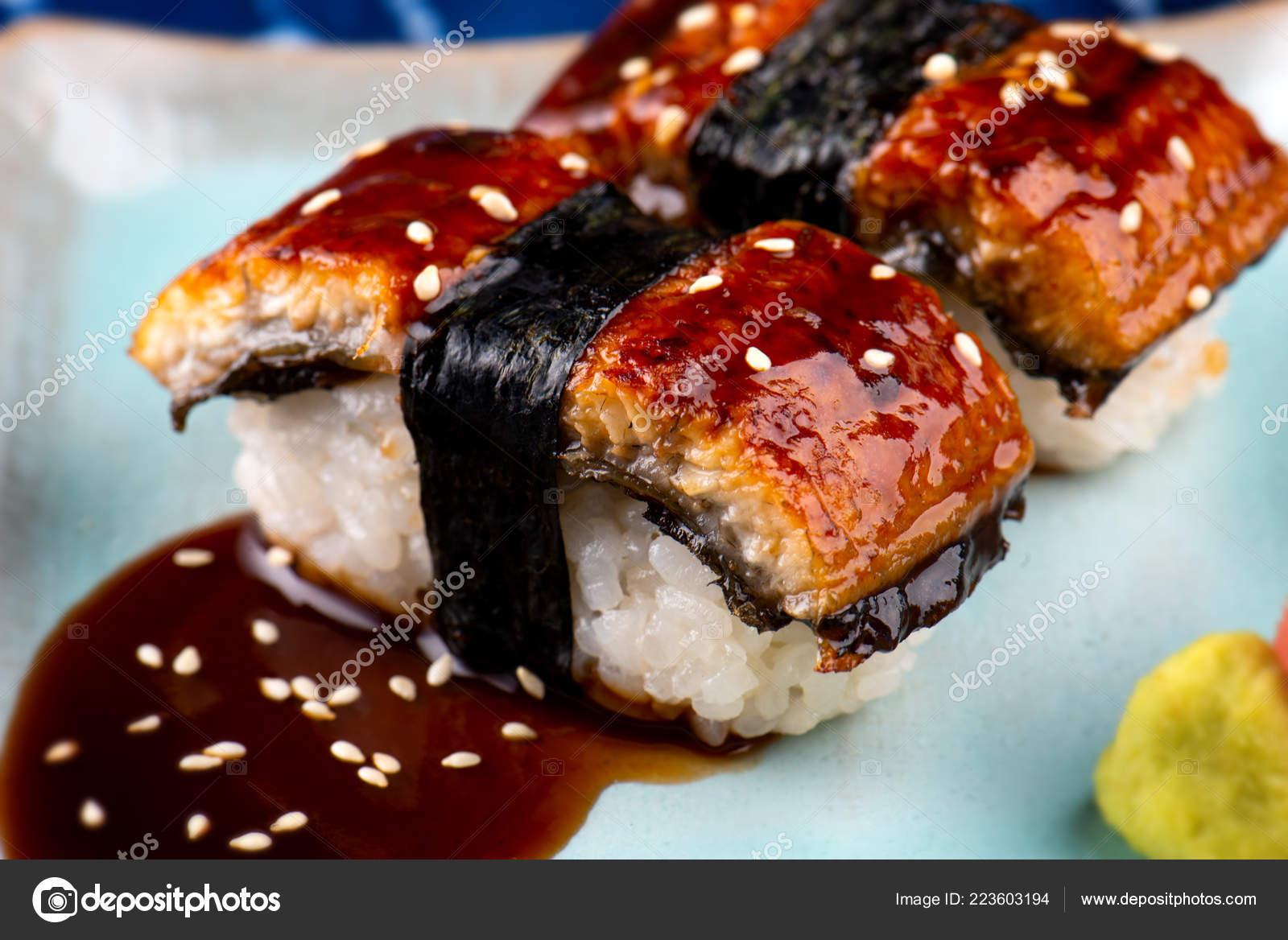 Unagi Sushi Anguilla Giapponese Sushi Taglio Fetta Stile Giapponese Cibo \u2014  Foto Stock