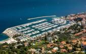 Cote dAzur Franciaország. Luxus resort és a bay a francia Riviéra - Villefranche-sur-Merben található szép város és Monaco között. Földközi-tenger