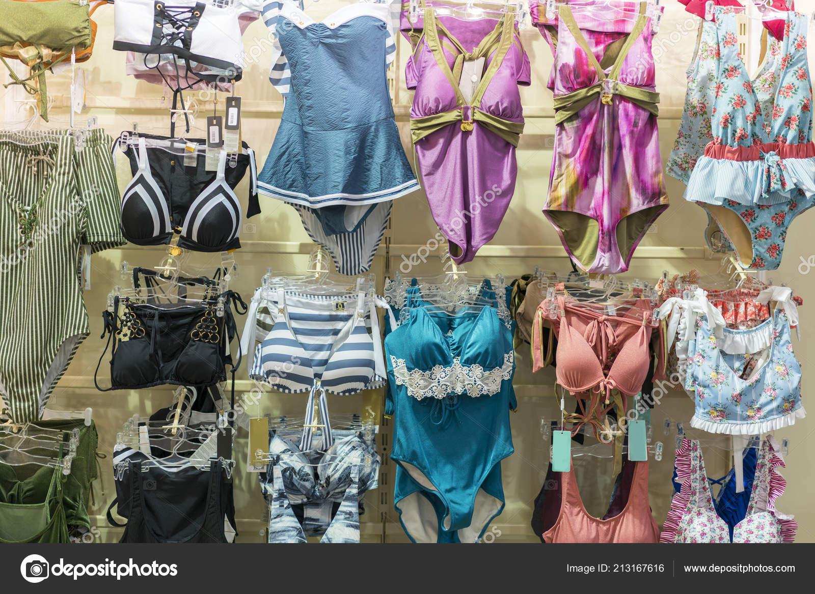 b65ec8e5c97adc Sous Vêtements Femme Lingerie Sur Grille Boutique Magasin Maillots ...