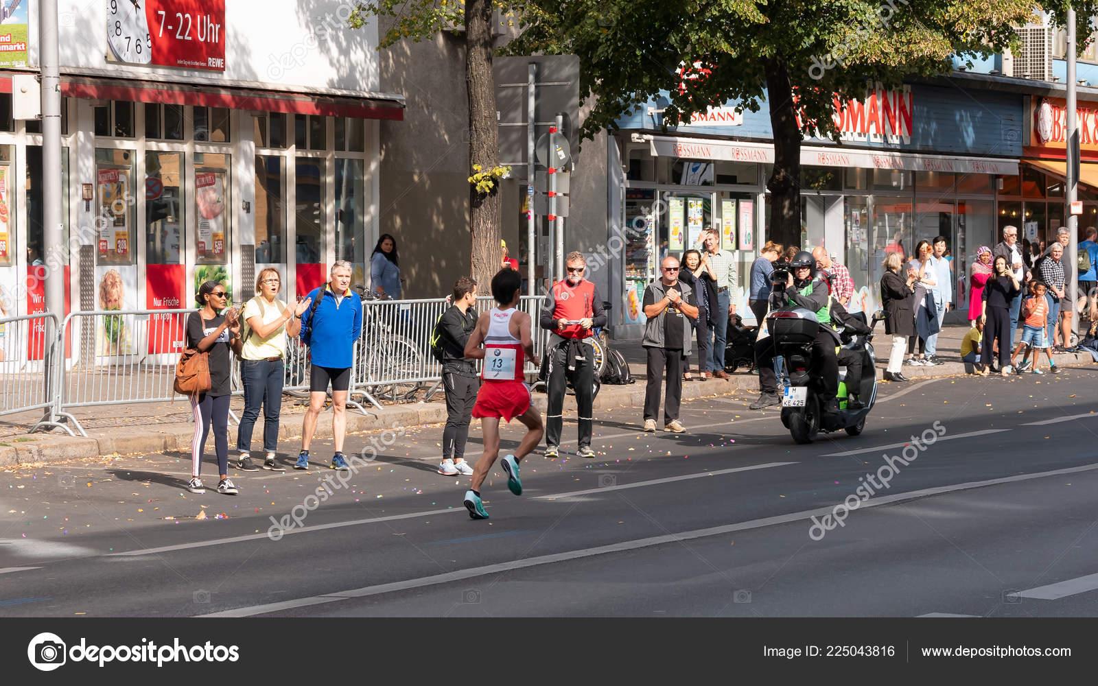 Berlín Alemania 16 De Septiembre De 2018 Camarógrafo En Una