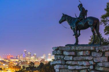 ansas,missouri,usa.  09-15-17, beautiful Kansas City skyline at night.