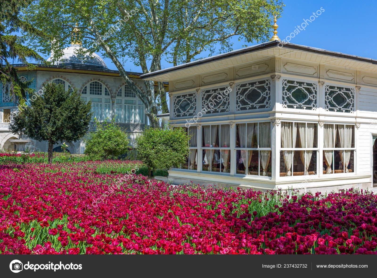 Estambul Turquía Mai 2013 Palacio Topkapi Cuarto Patio