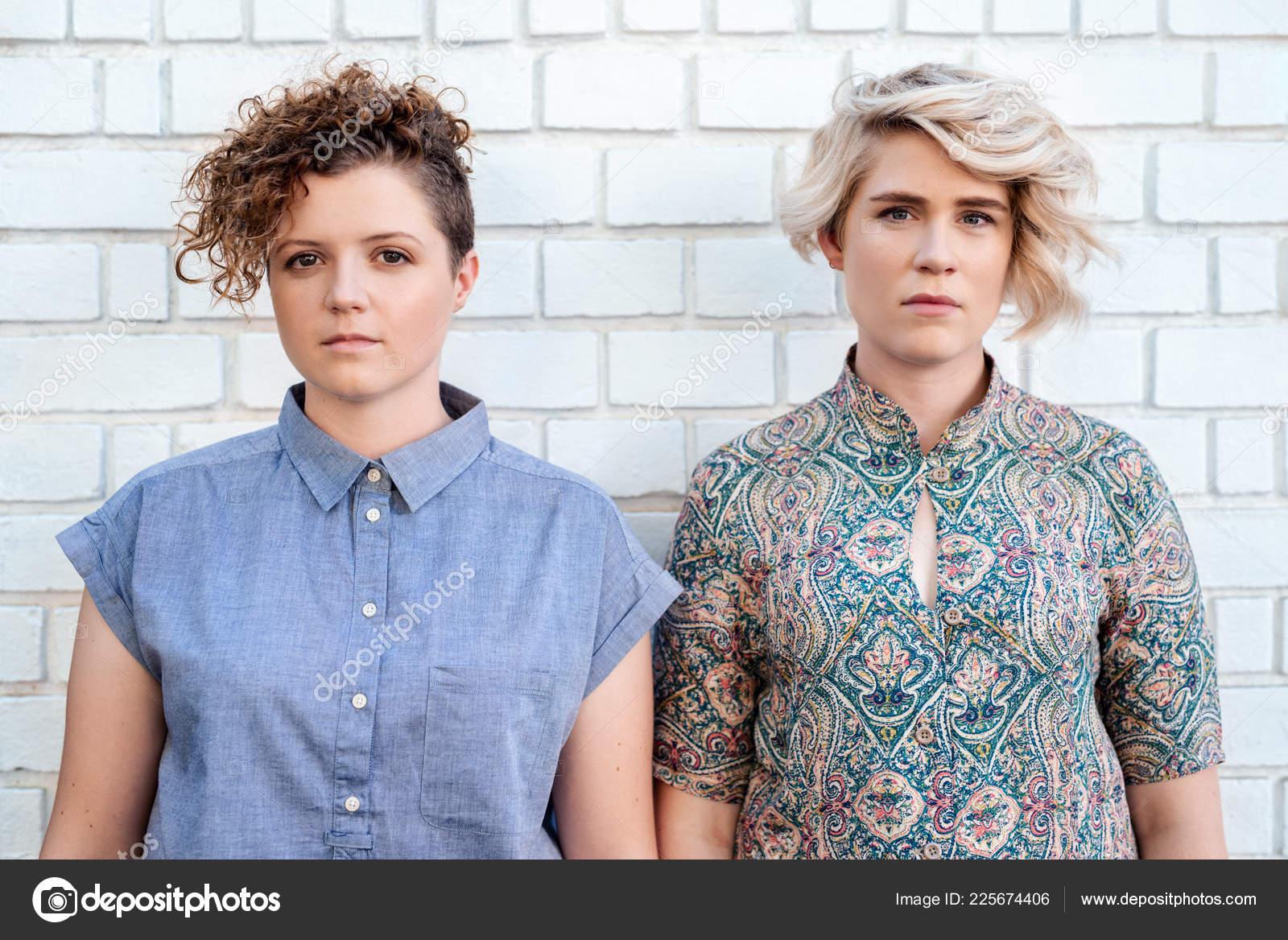 Vysoká škola lesbičky obrázky