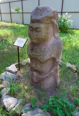 Polotsk female stone statue