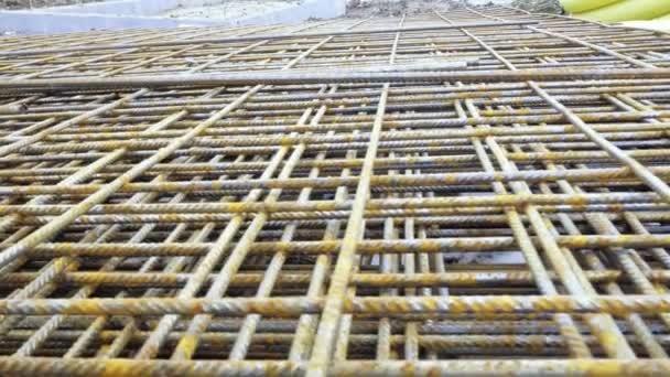 Armatura z drátu drátů. Kovové roxtors, výztuž železobetonových stropů. Stavební materiál, texturu pozadí. Kari sítě, roxor, betonářské oceli, hutní materiál