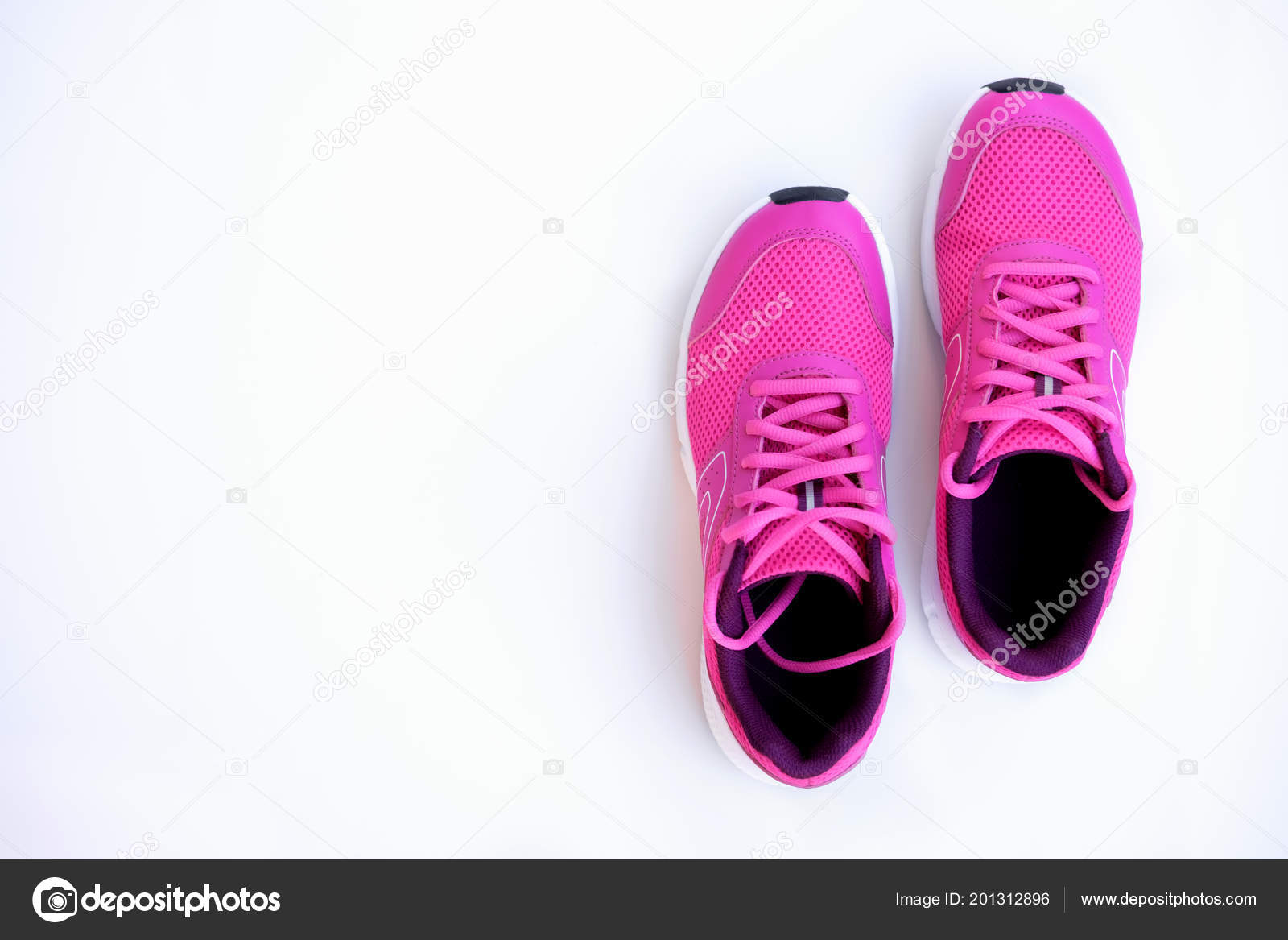 Concept Run Pink Running Shoes Women White Background Top