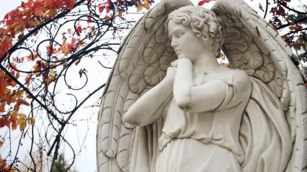 Detailní socha anděla