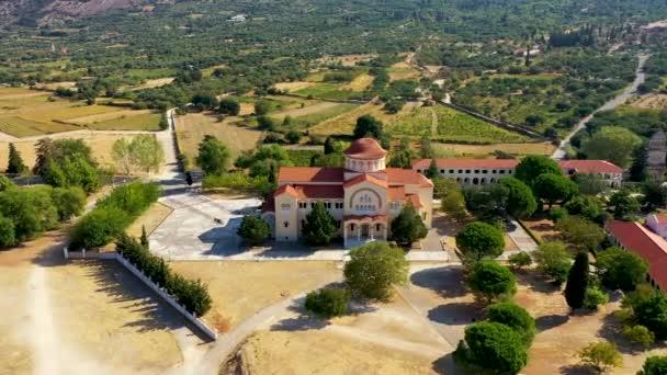Klášter Agios Gerasimos na ostrově Kefalonia, Řecko. Posvátný klášter Agios Gerasimos z Kefalonie, Řecko.