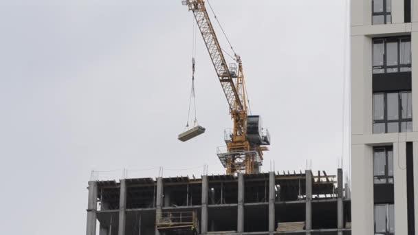 Výstavba výškové budovy