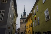 Photo Colorful streets of Sighisoara, Romania