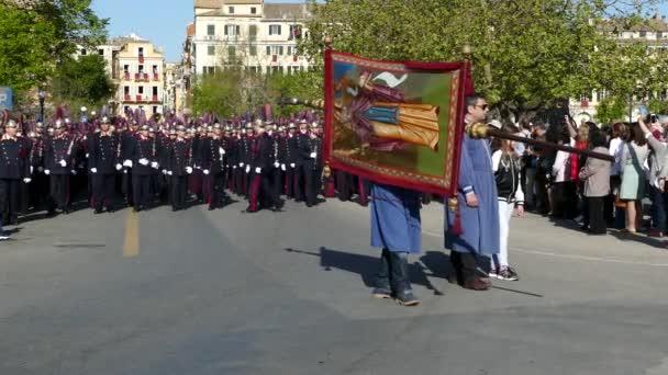 Korfu, Griechenland - 7. April 2018: Epitaph und Litanei von St. Spyridon mit der Begleitung der Philharmonie am Karsamstag.